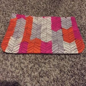 Thirty-One Zipper Pouch - Feather Chevron